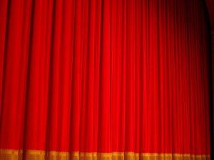 Skab dit eget teater hjemme i stuen